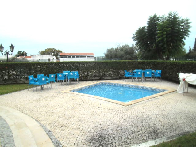 cabanas pool2